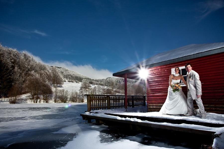 das erste hochzeitsshooting im schnee ist fertig blog. Black Bedroom Furniture Sets. Home Design Ideas