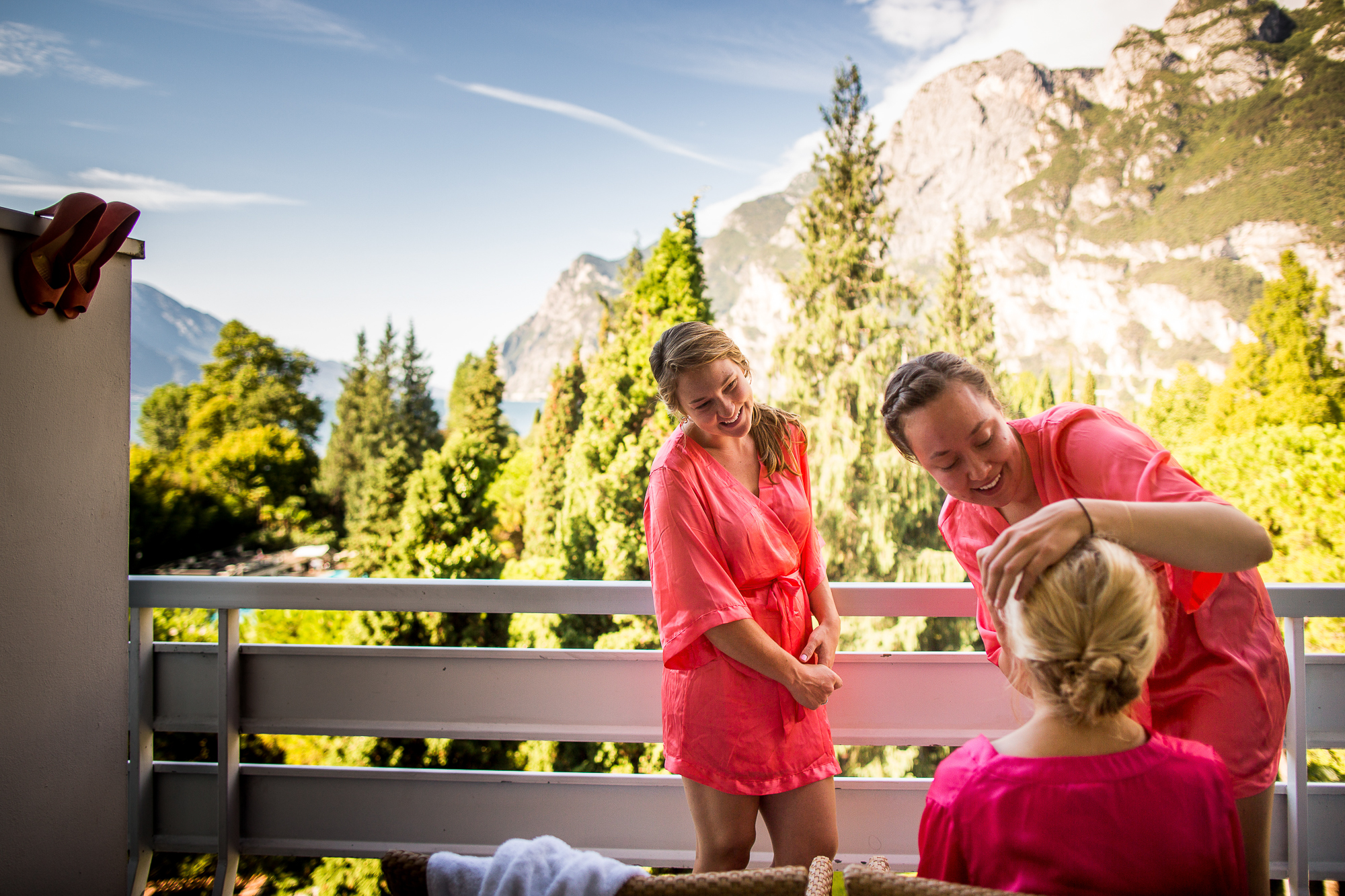 bride to be, getting ready, robe, make up, hair, hochsteckfrisur, brautfrisur, mountain view, lake view, lago di garda, garda, italy, italienwedding