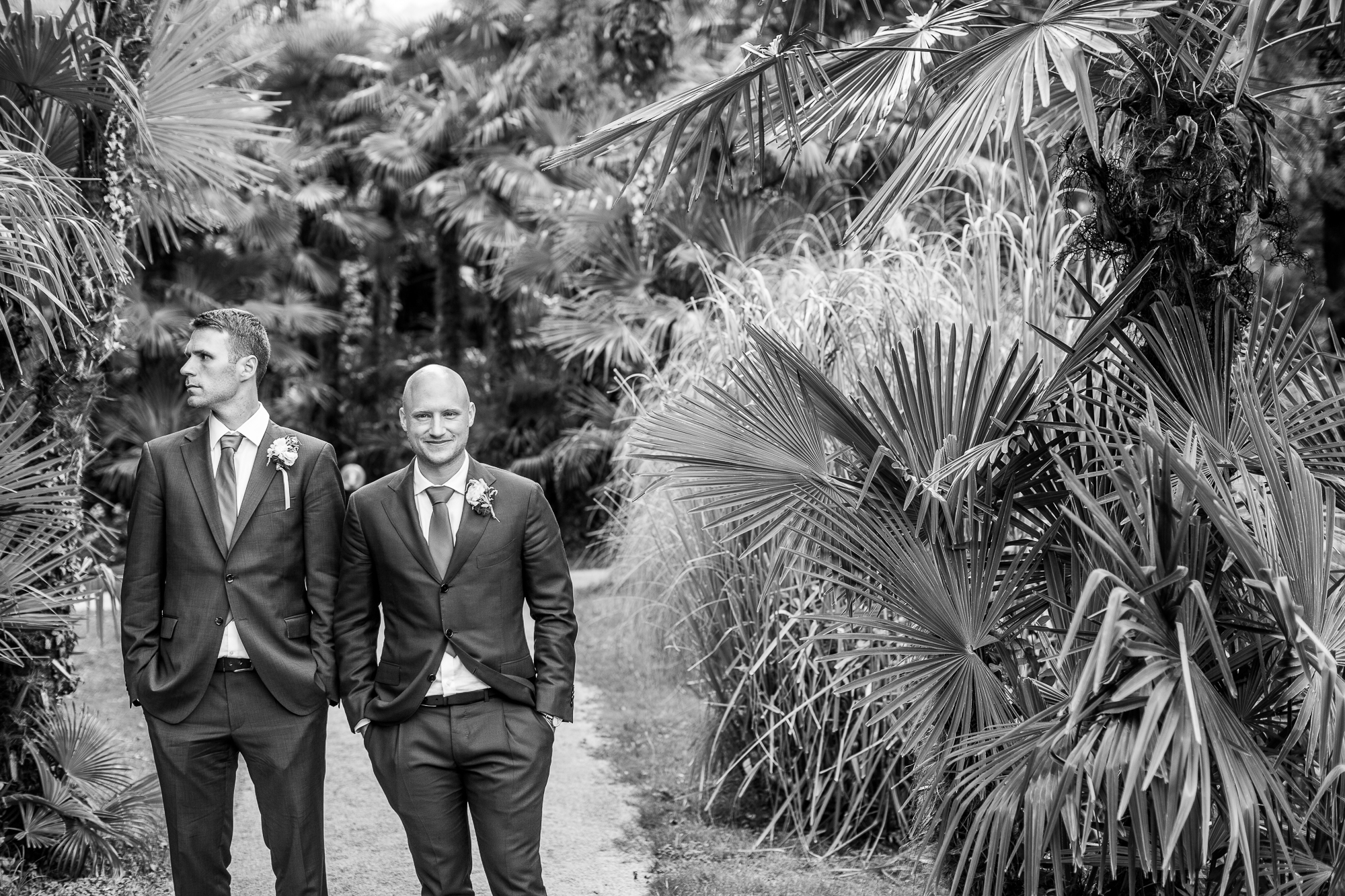 Hochzeit, Groom, best man, Anzug, suit, blacktie, garten, hotel, happy, married, wedding, photography,